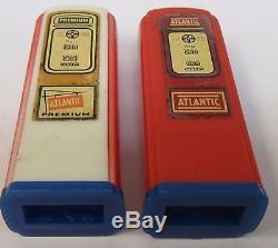 1950's ATLANTIC Kittanning Penn. Matched GAS PUMP salt & pepper shakers set