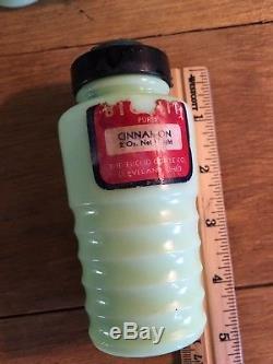 7 Jeannette Jadite Spice Shakers Nutmeg Allspice Cloves Cinnamon Salt Pepper