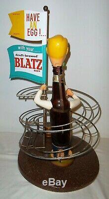 Blatz Beer Egg Roller Advertising Piece withSalt & Pepper Shakers VERY NICE