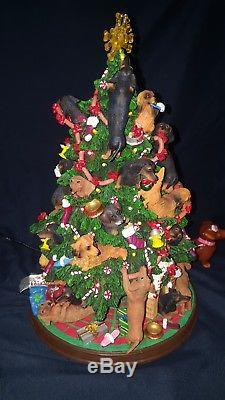 DANBURY MINT DACHSHUND CHRISTMAS TREE Bonus Salt/Pepper shakers
