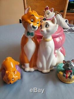 Disney Aristocats Cookie Jar With Salt & Pepper Set Limited Edition of 150