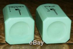 Hazel Atlas Art Deco Green Jadite Jadeite SALT and PEPPER Shakers 4.5 High