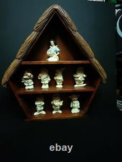 LENOX Disneys Snow White And The Seven Dwarfs Salt/Pepper Shakers with display