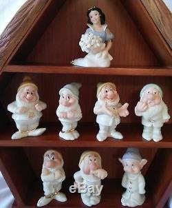 Lenox Disney SNOW-WHITE & SEVEN DWARFS Salt and Pepper shakers with COTTAGE NIB