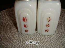 Mckee White Roman Arch Red Diamond Salt & Pepper Shakers