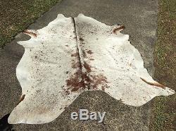 New Stock A Grade Cow Hide Brown White Salt Pepper 3.3m2 Floor Rug Mat Black