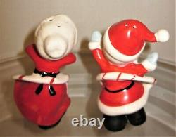 Rare Vintage Japan Hula Hoop Mr and Mrs Santa Claus Salt & Pepper Shakers