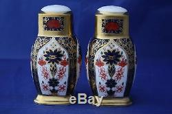 Royal Crown Derby Old Imari Salt & Pepper Pots All Gold Unboxed Second Quality