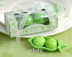 Two Peas in a Pod Salt and Pepper Shaker Gift Set Super Cute New Valentine