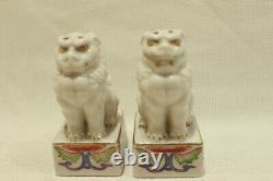 VERY RARE Pair of Kutani China Kosen Foo Dogs Salt & Pepper Shakers