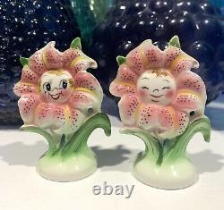 Vintage Anthropomorphic PY Japan Pink Tiger Lily Flower Salt Pepper Shakers