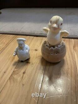 Vintage Antique Porcelain Japanese Salt & Pepper Shaker Set Chicken/Egg, Baker